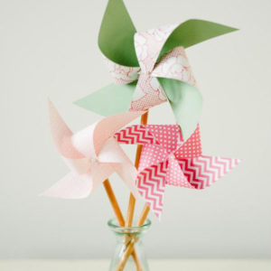 Easy Pencil Pinwheel for National Craft Month